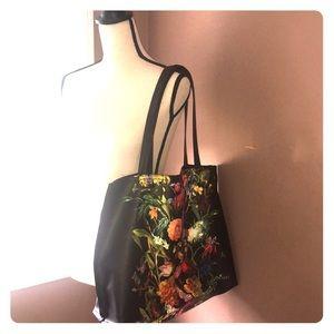 Elliot Lucca Bag